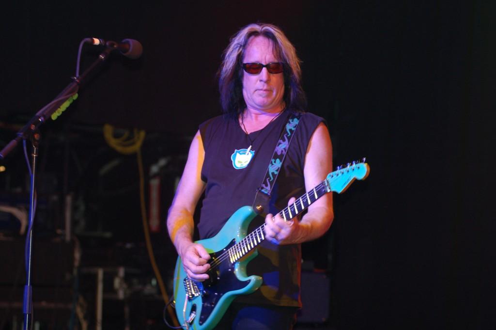 Todd_Rundgren_at_Revolution_Live